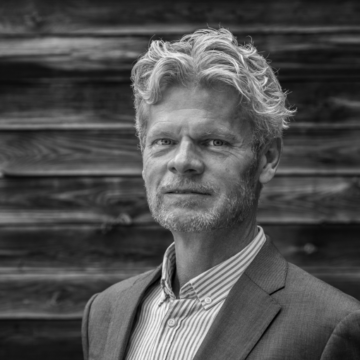 "<span style=""color: #ffffff;"">Morten Nielsen</span> <h6><span style=""color: #ffffff;"">ICO expert, Fintech, Investments, blockchain assets, digital payments</span></h6>"